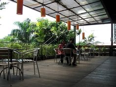 In Warung Apung Rahmawati Rungkut Surabaya, there are two floors. Second floor is far cozier. Javanese foods here are good too. Surabaya, Second Floor, Good Food, Lunch, Places, Lunches, Eat Right, Yummy Food, Lugares