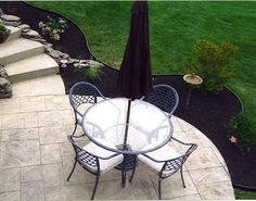 Quaint bistro-style concrete patios can be a great addition to small backyards. Maverick Concrete Inc. Yard Landscaping, Backyard Patio, Front Yard Walkway, Patio Ideas, Backyard Ideas, Garden Ideas, Stamped Concrete, Patio Design, Outdoor Stuff