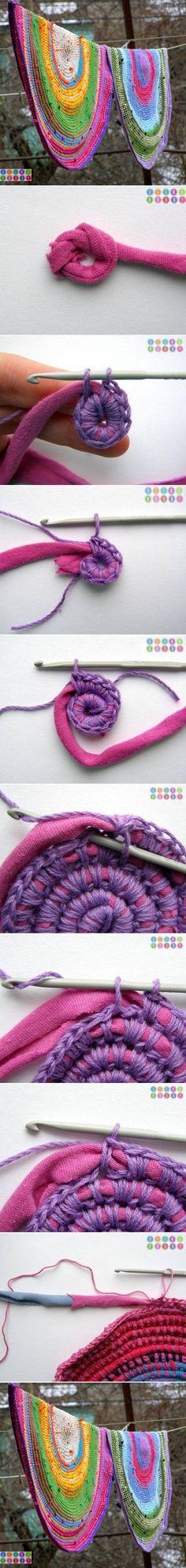 DIY-Old-T-shirt-Crochet-Rug.jpg