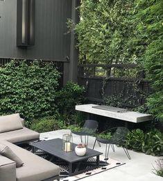 Black Garden, Outdoor Furniture Sets, Outdoor Decor, Projects, Instagram, Design, Home Decor, Garten, Log Projects