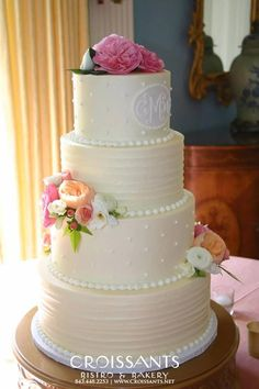 making a 4 tier wedding cake vintage lace wedding cake in myrtle sc 17028