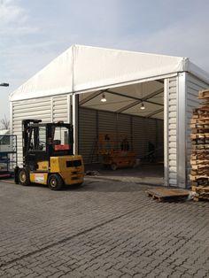 Mobile Lagerhallen können temporär erhöhte Lagerbestände auffangen.
