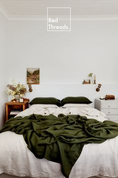 Bring the cottagecore aesthetic into your bedroom with earthy hues like Olive and Oatmeal. Mix and match the colours of your 100% French flax linen at Bed Threads. Bedroom Green, Room Ideas Bedroom, Dream Bedroom, Home Decor Bedroom, Green Rooms, Bedroom Inspo, Apartment Living, Bedroom Apartment, Aesthetic Rooms