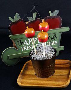 Caramel Apple Cake Pops #Caramel #Apples #CaramelApples