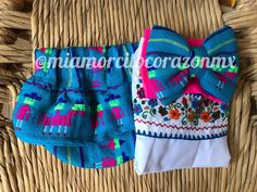First birthday serape bloomers, embroidered top, ruffle shorts, mexican outfit diaper cover, cinco de mayo, uno fiesta, taco twosday, frida Mexican Skirts, Mexican Blouse, Mexican Outfit, Mexican Birthday, Mexican Party, San Antonio, Fiesta Theme Party, Baby Bloomers, Embroidered Flowers