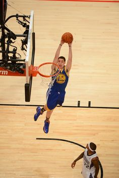 Klay Thompson James Naismith, Stephen Curry Basketball, Nba Western Conference, Nba Pictures, Nba Players, Basketball Players, Golden State Basketball, Curry Warriors, 2018 Nba Champions