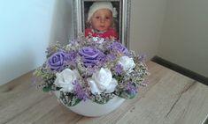 Něžná+aranžmá+s+růžemi+Celoroční+něžna+aranžmá+s+růžemi.+Délka+22cm,šířka+22cm,výška+13cm. Girls Dresses, Flower Girl Dresses, Wedding Dresses, Flowers, Fashion, Dresses Of Girls, Bride Dresses, Moda, Bridal Gowns