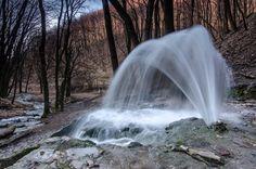 Turista Magazin - A bükki gejzírek nyomában Wonderful Places, Beautiful Places, Heart Of Europe, Nature Water, Budapest Hungary, Far Away, The Good Place, Greece, Waterfall