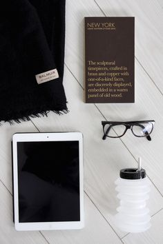 Homevialaura | Travel essentials: carry-on | Balmuir Helsinki scarf | Louis Vuitton City Guide | Ohyo water bottle | iPad