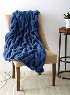 Free knitting pattern for Cushy Cables Blanket knit up quickly on super bulky yarn and more cable throw knitting patterns Easy Blanket Knitting Patterns, Knitted Afghans, Knitted Throws, Afghan Patterns, Knitting Yarn, Free Knitting, Knitting Stitches, Cable Knit Blankets, Baby Blankets