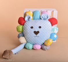 • mascote para crianças - travesseiro leão infantil