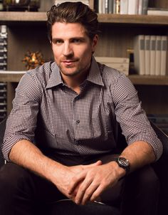 """Chicago Blackhawks forward Patrick Sharp can recall, moment to moment, almost every goal he's made in his career. But when asked to describe his sense of style, he pauses. """"I don't really know how to answer that,"""" he says."""
