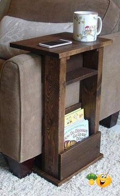 Scrap Wood Projects, Diy Furniture Plans Wood Projects, Rustic Furniture, Furniture Ideas, Simple Wood Projects, Furniture Storage, Wood Projects That Sell, Wood Projects For Beginners, Wood Working For Beginners