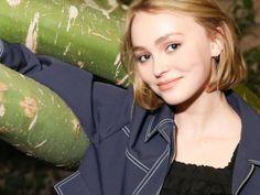 Lily-Rose Depp : la fille de Vanessa Paradis en 6 selfies craquants