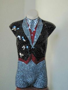 Find distressed mannequins at MannequinMadness.com for mosaic projects like this one.