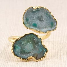 Brass Jewelry, Jewelry Rings, Quartz Geode, India Colors, Ring Shapes, Rings For Her, Green Fashion, Druzy Ring, Plating