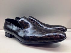 These men's leopard patent leather loafers from Yves Saint Laurent are like nothing else!