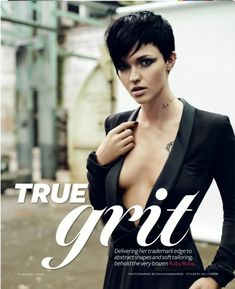 Luv this super short Pixie cut with long layers on top