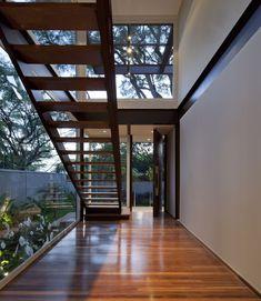 Pau Brasil Residence / Vasco Lopes Arquitetura