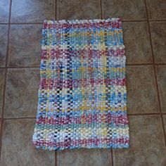 Handmade Rag Rug Handwoven Recycled Fabrics Plaid Eco Friendly Pink Green Blue Yellow White Free Canada Us Shipping