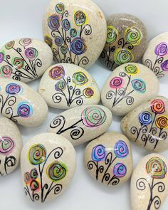 My flower garden will be heading out into the world this week! I love fun Kindness Rocks like these. My flower garden will be heading out into the world this week! I love fun Kindness Rocks like these. Rock Painting Patterns, Rock Painting Ideas Easy, Rock Painting Designs, Paint Designs, Pebble Painting, Pebble Art, Stone Painting, Garden Painting, Autumn Painting