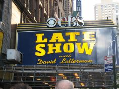TRIPS: Free things to do in NYC, NY  Here are some shows to see: The Daily Show Late Night w/ David Letterman The Dr. Oz Show Late night with Jimmy Fallon call: 212-664-3056