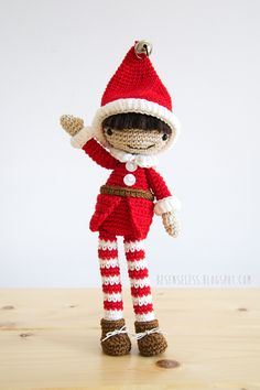 Amigurumi christmas elf - design by Airali in Simply Crochet # 25