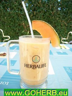 250 ml Orange juice,   some melon slices,   some ice cubes,   and 2 big spoons of Herbalife Formula 1 COOCKIES & CREAM Shake.