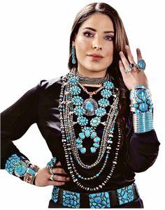 Jewelry Crafts, Jewelry Art, Boho Jewelry, American Indian Jewelry, Native American Fashion, Turquoise Jewelry, Turquoise Stone, Fashion Outfits, Womens Fashion