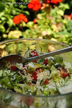 PROSTA SAŁATKA Z KASZĄ JAGLANĄ - Smakoterapia Salad Recipes, Diet Recipes, Healthy Recipes, Healthy Salads, Healthy Eating, Healthy Food, Slow Food, Antipasto, Recipes
