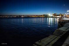 Noche en Santander - Night in Santander - Cae la noche en la Bahía de Santander y alguien nos visita.  Night falls in the Bay of Santander and someone visits us.