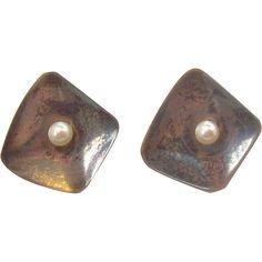 Diamond Shaped Sterling Silver Screw on Earrings w Genuine Pearls