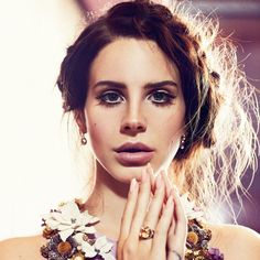 Lana Del Rey...so beautiful!