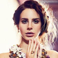 Lana Del Rey...so beautiful!