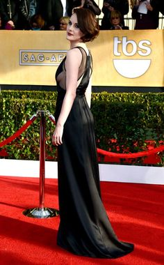 "Michelle Dockery's SAG Awards bob reminds us of the Aloxxi hair color ""Fortuna at the forum."""