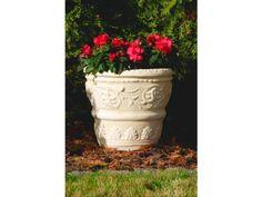 Proponujemy trwałe i ciekawe donice ogrodowe do każdego ogrodu. Zapraszamy da zakupu naszych donic ogrodowych ze sztucznego kamienia DecoBranche.