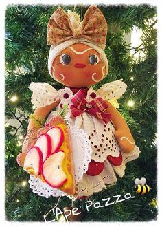 Cartamodello gingerina sulla palla con crostata