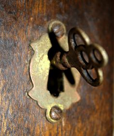 I want to have working skeleton keys for my home.