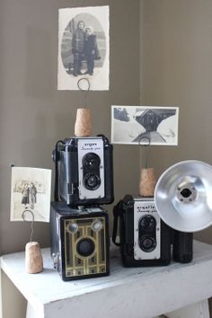 Itsy Bits and Pieces: Fun Finds...and a BIG Thank You.. - old photos on old cameras.