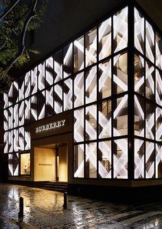 Burberry Tokyo Entrance Design, Facade Design, Exterior Design, Mall Facade, Retail Facade, Retail Architecture, Modern Architecture, Facade Lighting, Lighting Design