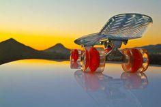 Sunset Skateboards – Cruiser Skateboard with Illuminating LED #Wheels