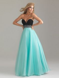 Stunning Combination of Color .... strapless, sweetheart, fabulous!