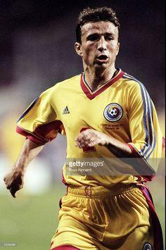 Dan Petrescu World Cup Match, Fifa, Football Players, Captain America, The Past, Garra, Baseball Cards, Superhero, Romania