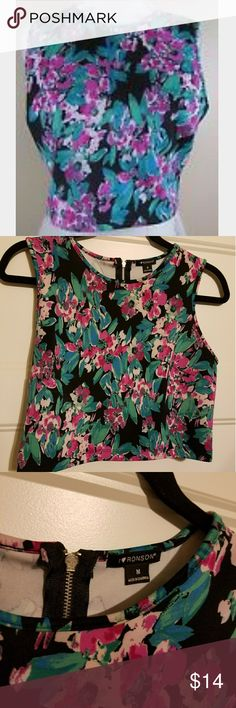 I ❤ Ronson Floral Crop Top NWOT Bought to wear with a black skirt to an even but was a bit too tight. New without tag. So cute! Tops Crop Tops