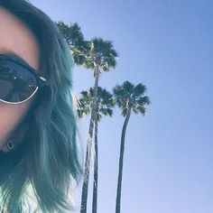 #grunge #seattle #california #losangeles #edgy #punk #instagram #model #surfer #girl #makeup #blue #hair #dyed #purple  #sunglasses #UO #urbanoutfitters #pacsun #tillys