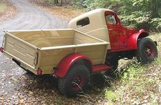 "oldcamo: ""steampunkvehicles: ""That would be the Willock Swivel Frame kit, an extremely rare option for the power wagon. To see pictures of how it worked click. Dodge Trucks, Pickup Trucks, Jeep Truck, Cool Trucks, Big Trucks, 4x4, Diy Rv, Dodge Power Wagon, Classic Chevy Trucks"