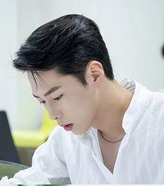 #KOREA #Actor #남자배우 #이재욱 # Lee.J.W #남자 #연예인 #화보 Korean Face, Korean Men, Korean Celebrities, Korean Actors, Asian Man Haircut, Asian Babies, Lee Jong, Haircuts For Men, Korean Drama