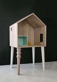 Wundervoller Schreibtisch und Puppenhaus von Atelier Sans Souci