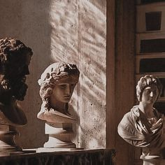 Old Statues Aesthetic - - - Broken Statues Head - Baby Buddha Statues - My Academia, Slytherin Aesthetic, Brown Aesthetic, The Secret History, Oui Oui, Oeuvre D'art, Aesthetic Pictures, Wall Collage, Aesthetic Wallpapers