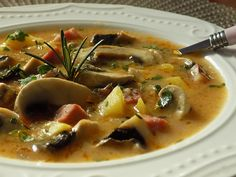 Thai Red Curry, Ramen, Soup, Treats, Ethnic Recipes, Catalog, Red Peppers, Sweet Like Candy, Soups